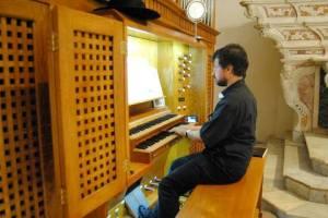 Don Francesco Lai, parroco di Nebida e organista della cattedrale di Iglesias