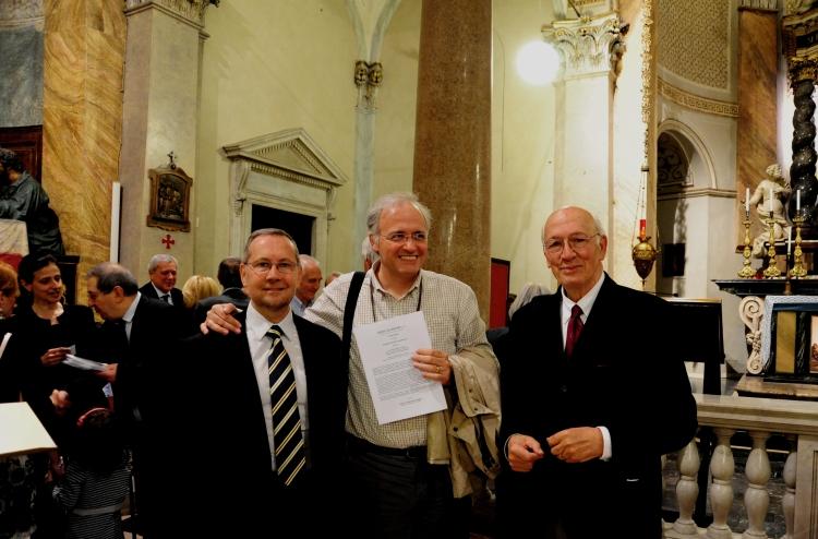 Una graditissima presenza tra il pubblico. L'organista titolare del Duomo di Milano Emanuele Carlo Vianelli tra Luca Lovisolo (a sin.) e Giovanni Vianini