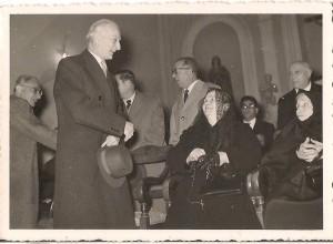 """L'on. Antonio Segni, Presidente del Consiglio della Repubblica prima dell'Accademia del 20 novembre 1955 Foto: Archivio """"Casa Allori"""" - Gonnesa"""